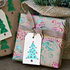 diy stenciled wrapping paper gift tags