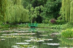 monet s famous waterlily pond in giverny normandy