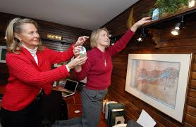 Home for the holidays: The Holland Garden Club gives holiday decorating  ideas at annual home tour - News - Holland Sentinel - Holland, MI
