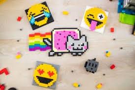 pixl magnetic construction toy lets you build deled pixel art models