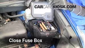 replace a fuse 2008 2013 toyota highlander 2008 toyota 6 replace cover secure the cover and test component