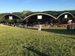 bust alpine valley theatre