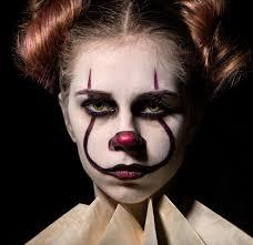 Girl Clown Face Designs 100 Best Halloween Makeup Ideas On Instagram In 2019 Glamour