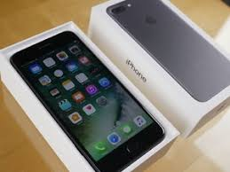 iphone 7 plus black unboxing. iphone 7 plus unboxing images iphone black n