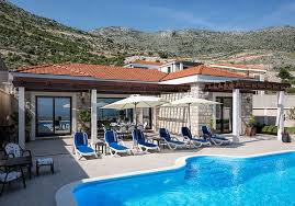 Luxury Villa Queen – Bozholidays