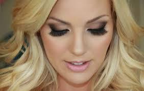 584 in 32 best wedding makeup for blue eyes blonde hair