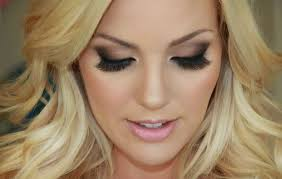 584 in 32 best wedding makeup for blue eyes blonde hair