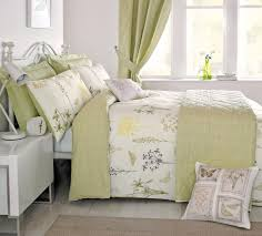 botanique double duvet cover set in green includes 1x double duvet cover and 2x pillowcases co uk kitchen home