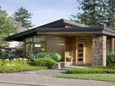 ideas about Small Modern Houses on Pinterest   Small Modern    Tiny House   Casa pequeña   Casa petita Small Modern Home Plans With Small Contemporary House Plans With Wooden Wall