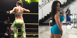 Wwe victoria shakes ass