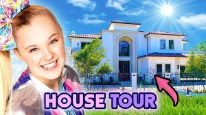 Please excuse me while i cry in peace in my micro studio. Jojo Siwa House Tour 2020 Her New La Mansion Youtube