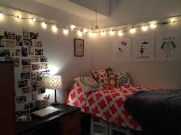 romantic string light ideas for the bedroom