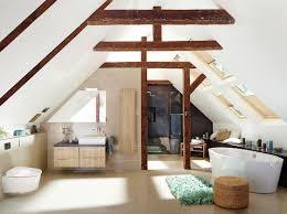 Günstige möbel für das dachgeschoss in maßanfertigung jetzt online bestellen bei schrankplaner.de! Neues Bad Im Dachgeschoss Das Mussen Hausbesitzer Beachten Energie Fachberater