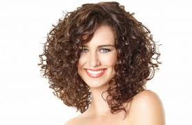 Quest Ce Que Signifie La Coupe De Cheveux Bouclés