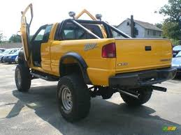 2002 Flame Yellow Chevrolet S10 ZR2 Extended Cab 4x4 #15465626 ...