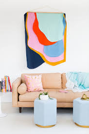 We believe you should show your creativity through what you choose to display in your home.whether you need art to hang on the walls in your bedroom, bathroom, living room, teens room, dorm or apartment, we have some awesome diy wall decor ideas for you to choose from. 37 Best Diy Wall Hanging Ideas And Designs For 2021