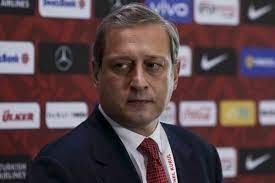 Burak Elmas, 'Türk oyuncularımız yetişsin ama bu yabancı sınırıyla olmaz' -  MEGA SPOR