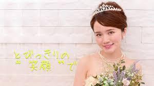 結婚式どうしよう丸顔の花嫁におすすめの髪型はこれ 結婚式 花嫁