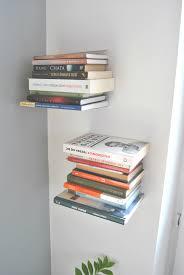 Diy Anleitung Schwebendes Bücherregal Selber Bauen Via Dawandacom