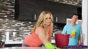Blonde milf bangs in kitchen