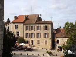 location vacances de particulier à particulier place du donjon à chauvigny liglet