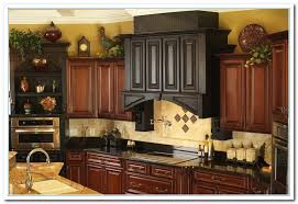 Pictures of Above Kitchen Cabinet Decor Fascinating style Home ...