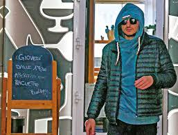 Luigi Favoloso gate, l'ex gieffino paparazzato in Svizzera ...