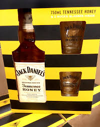 jack daniels tennessee honey gift pack including 2 shot gles the american whiskey