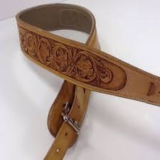 a handmade custom leather guitar strap made to order from undeberg saddles custommade com