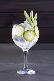 ᐅ Eiswürfel Die Perfekten Eiswürfel Für Gin Tonic Gintlemencom