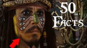 Johnny Depp Surprises Fans as <b>Captain Jack Sparrow</b> at Disneyland!