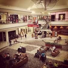 stoneridge mall in pleasanton ca photo by raybouk