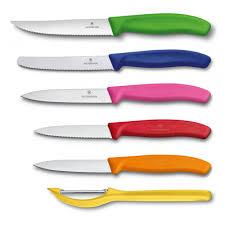 <b>Набор</b> Victorinox Swiss classic 5 <b>ножей</b>, <b>овощечистка</b> с подставкой