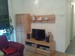 Captivating Wohnwand Wohnzimmer (Kernbuche, Neuwertig, Vitrine, Unterschrank, Sideboard,  Board, Seitenteil