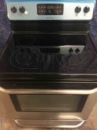 black and stainless frigidaire 5 4 cu ft self cleaning freestanding electric convection oven glass top stove