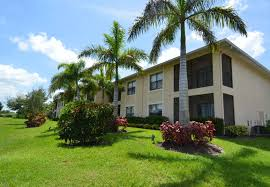 harbour palms apartments in port st