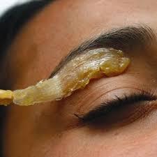Картинки по запросу waxing eyebrows