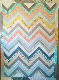 Timeless Treasures | Make a Chevron Quilt with Sew Very Easy! & Make a Chevron Quilt with Sew Very Easy! Adamdwight.com