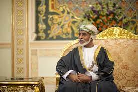 """كيف علّقت كاتبة قطرية بارزة على """"الظرف البُني"""" الذي تركه السلطان قابوس وحدد  مصير السلطنة في لحظة تاريخية؟   وطن يغرد خارج السرب"""