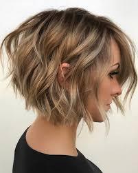 بسبب الحجر المنزلي، سنساعد بحلول بسيطة لقص الشعر، منها أن نجيب عن سؤالك: طرق قص الشعر بالمنزل سوبر ماما
