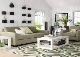 image of area rug on carpet gripper