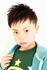 子供男の子の髪型 ツーブロックスタイル集 メンズへアスタイル辞典