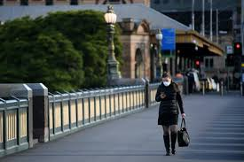 Melbourne's worrying covid cluster has now climbed to eight cases after two more positive tests linked to the holiday inn melbourne airport were recorded on wednesday. Two Weeks Of Mandatory Masks But A Record 725 New Cases Why Are Melbourne S Covid 19 Numbers So Stubbornly High