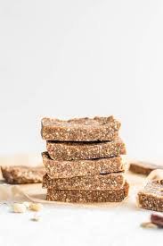 With just 5 ingredients you probably already have in your pantry, you can make these delicious, chewy brownies with no added sugar. 5 Ingredient No Bake Paleo Energy Bars Running On Real Food