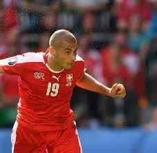 Fußball International: Eren Derdiyok kritisiert Mario Gomez - WELT