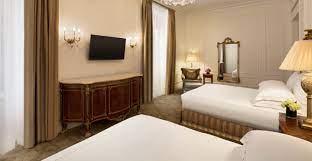 deluxe double queen room the plaza