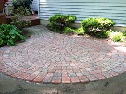 the best pattern of round patio pavers