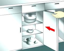 how do i clean grease off kitchen cabinets what cleans grease off kitchen cabinets clean kitchen