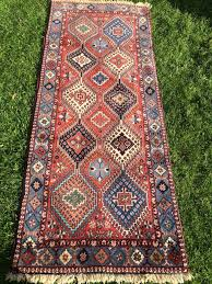 description persian yalameh rug runner