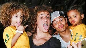 David Luiz und Thiago Silva treffen Mini-Doppelgänger